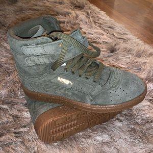 Puma Womens Sneakers